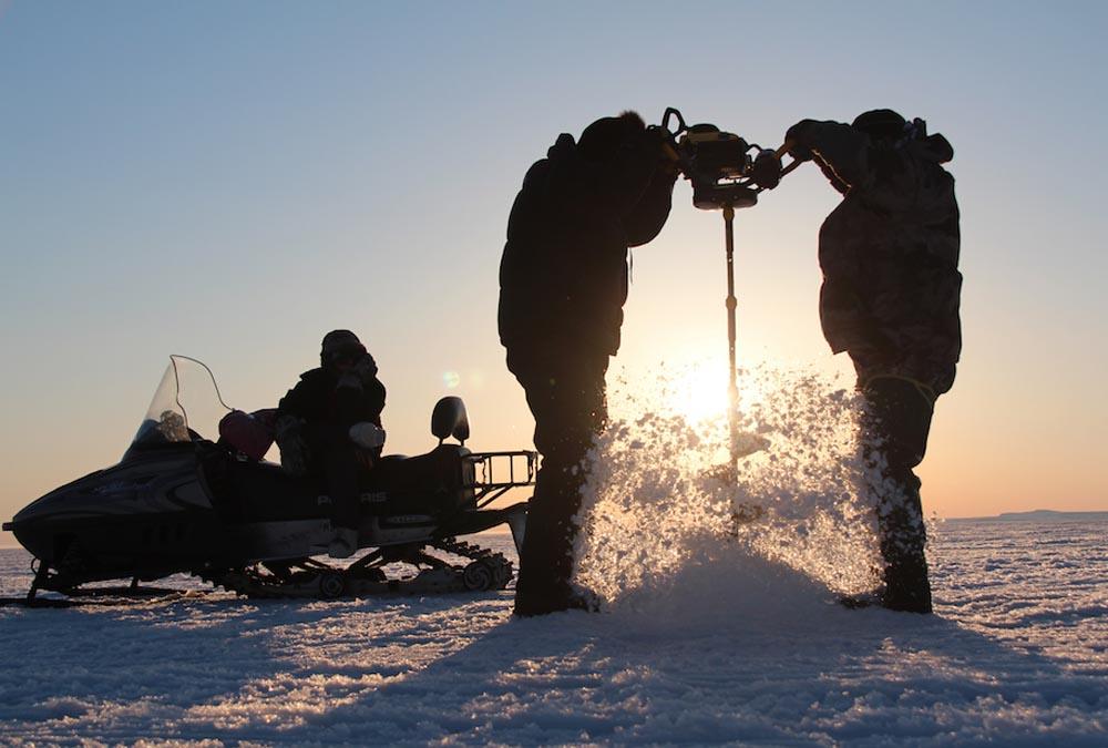 arcticicefishing001